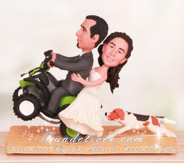 atv wedding cake topper doing wheelie on atv wedding cake toppers 10890