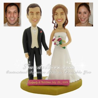 Classical Bride and Groom Wedding Cake Toppers