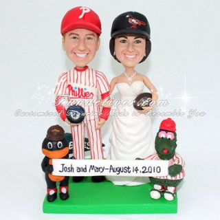 Baltimore Orioles and Ravens Cake Topper with Phillie Phanatic and Baltimore Oriole Mascots
