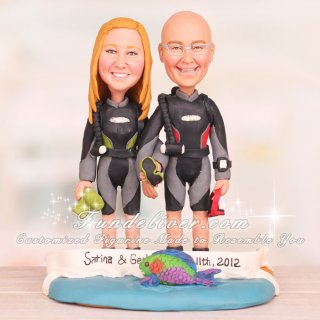 Scuba Divers Cake Topper with Underwater Camera and Parrot Fish