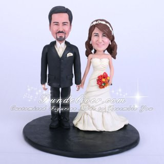 Interchangeable and Moveable Wedding Cake Toppers